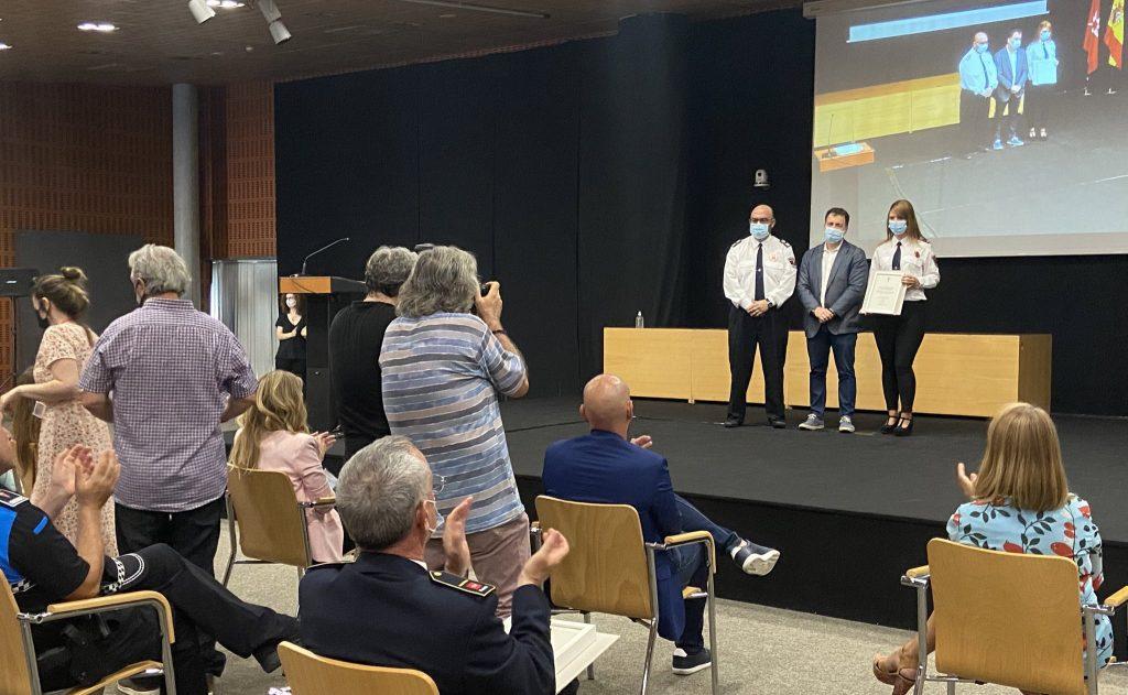 Del Cura entrega el reconocimiento a Protección Civil