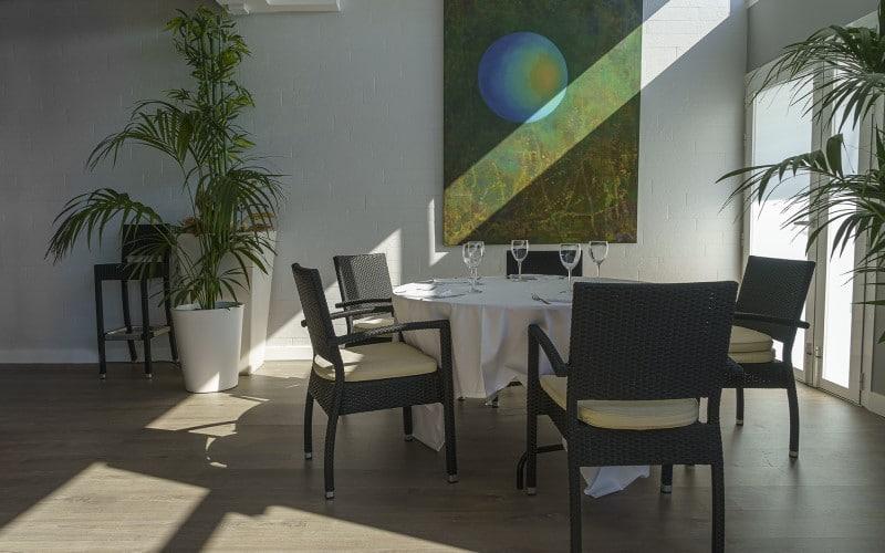 Descubre el 'nuevo' Somallao Rivas: un restaurante con terraza íntimo, camaleónico y con clase