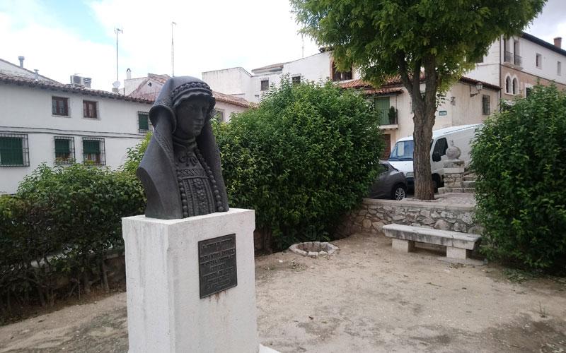Estatua de Francisca Enríquez, condesa de Chinchón