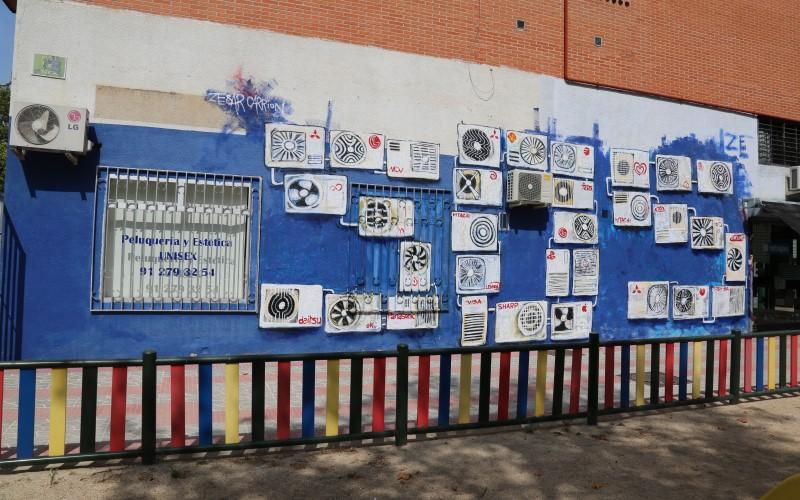 Arte urbano en los comercios de Rivas: así son las intervenciones artísticas en Covibar