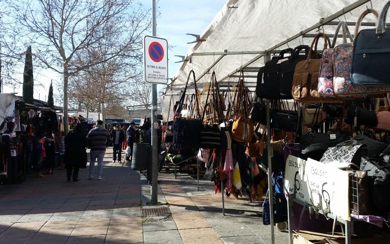 Mercadillo de los sábados en Rivas, en el recinto multifuncional