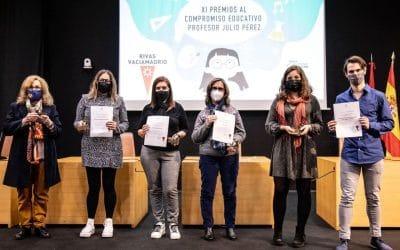 Entregados los Premios al Compromiso Educativo de Rivas Profesor Julio Pérez 2020