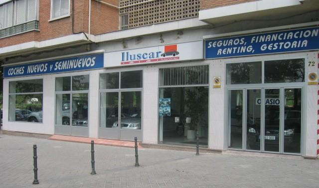 Tienda de Iluscar en la avenida de la Ilustración, en 1996
