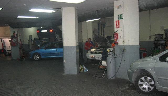 Instalaciones de Iluscar en la calle de Manuel Tovar, en 2002