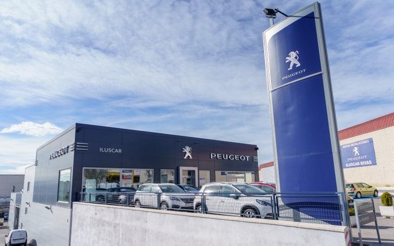 Inauguración de las instalaciones de Iluscar en la calle Fundición, 20