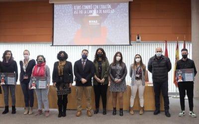 Rivas entrega los premios del concurso de escaparatismo navideño de la campaña 'Ponle corazón, compra en Rivas'