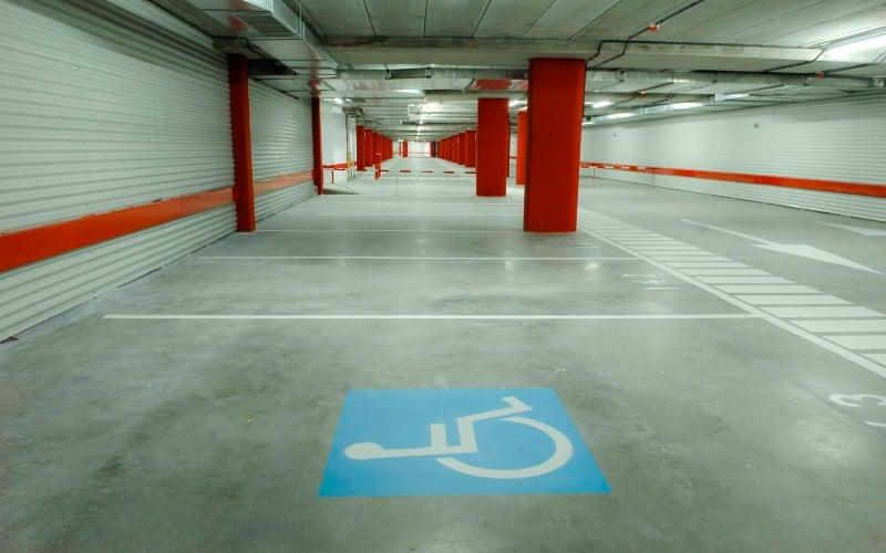 Aparcamientos para personas con movilidad reducida