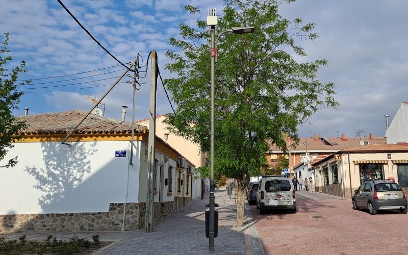 Cables en el pueblo de Rivas Vaciamadrid (©Diario de Rivas)