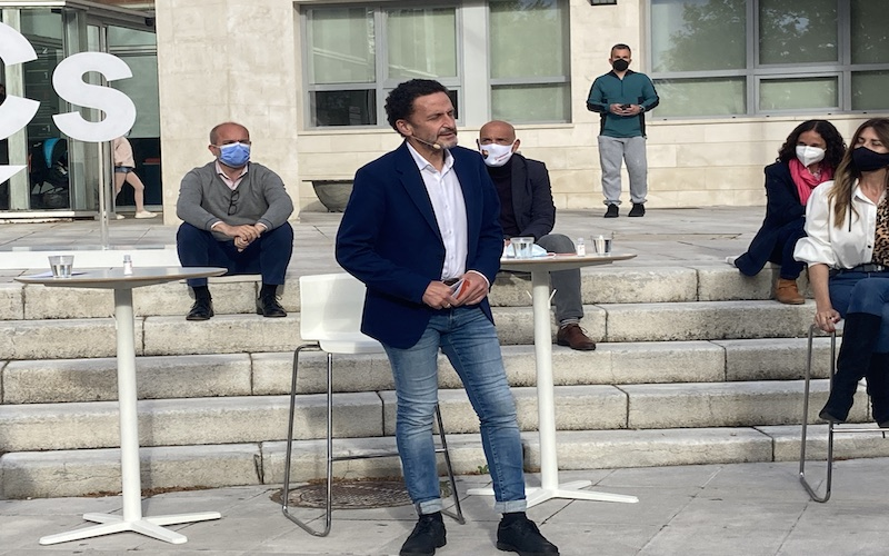 Edmundo Bal, durante su intervención en el acto de campaña de Rivas Vaciamadrid