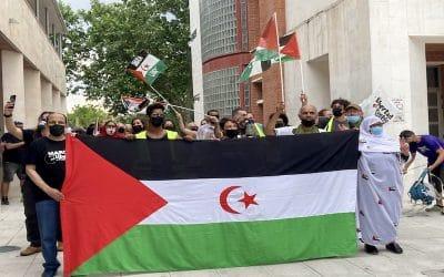 Rivas da la bienvenida a la marcha por la libertad del pueblo saharaui en la plaza de la Constitución