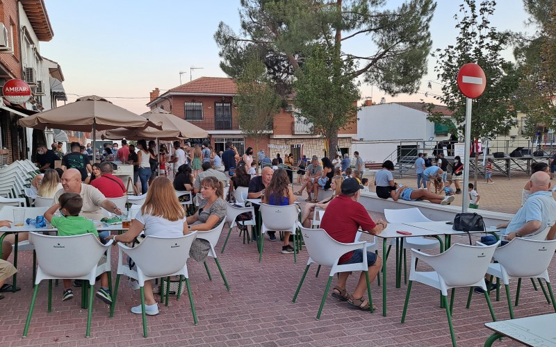 Fiestas del Casco de Rivas Vaciamadrid en la plaza de la Libertad