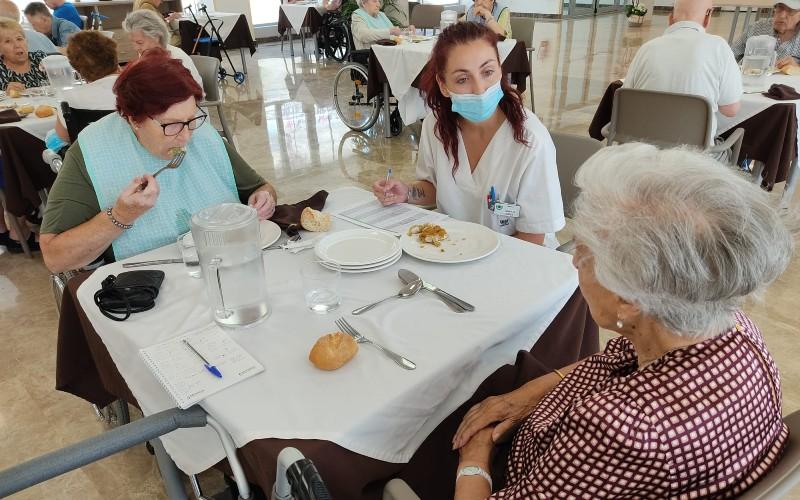Residentes de Geriasa puntúan la calidad de los platos