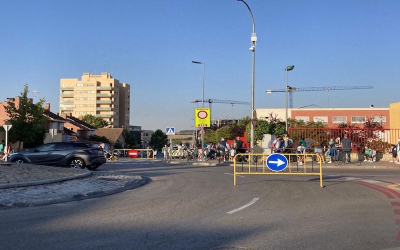 El colegio Luyfe Rivas estrena el proyecto de zonas de bajas emisiones en el municipio