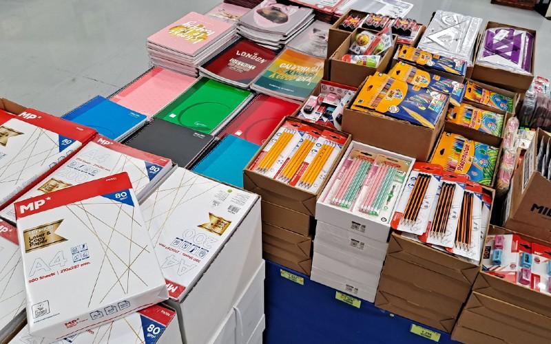 Una muestra de la amplia selección de productos para la vuelta al cole de El Gavilán Rivas