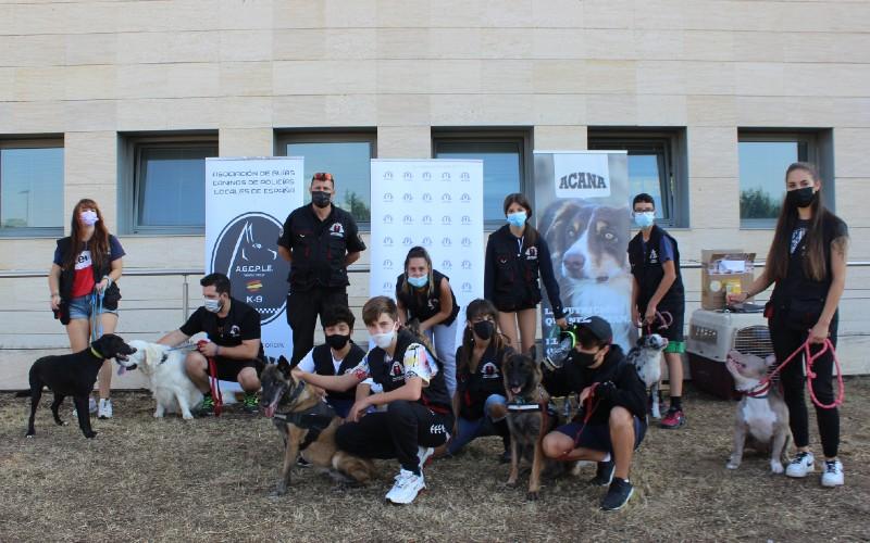 Un proyecto piloto de la Policía de Rivas recupera el adiestramiento canino para fomentar valores en adolescentes