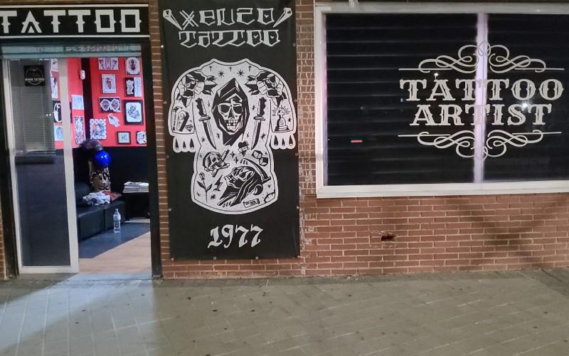 Un estudio de tatuaje del barrio de La Luna denuncia un atraco a plena luz del día